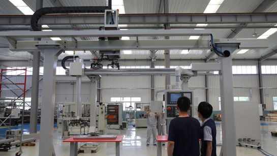 桁架机器人和自动化系统-易久伺服压机